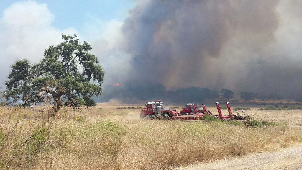 Alamo Fire moving at 'dangerous speed,' says CalFire