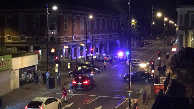 10 pedestrians hit near United Kingdom mosque — LONDON TERROR