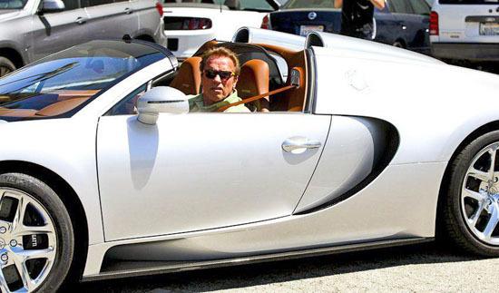 Арнольд Шварценнегер продал свой Bugatti Veyron. Дорого