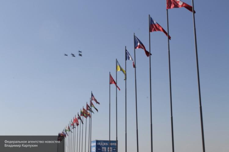 Неповторимый летающий автомобиль-амфибию покажут наМАКС