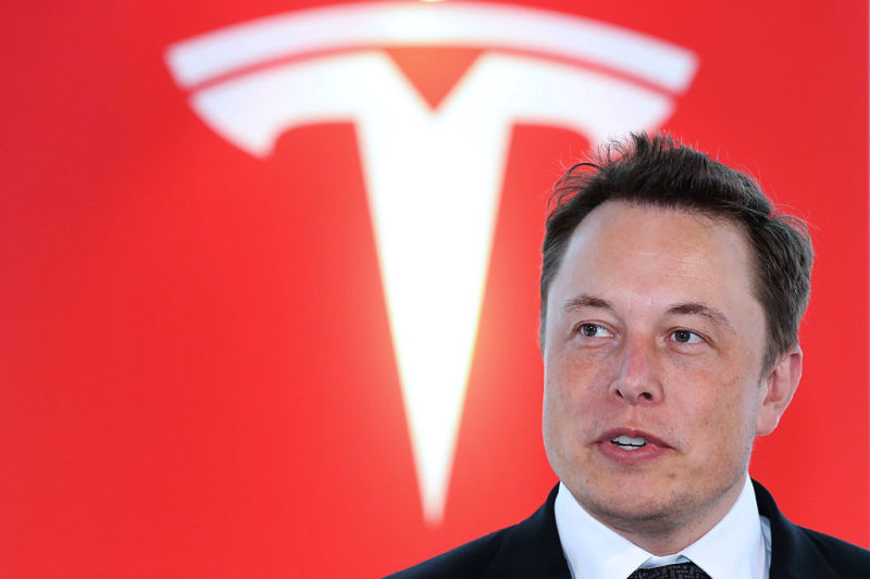 Tesla: Self-Driving Semi-Trucks On The Way