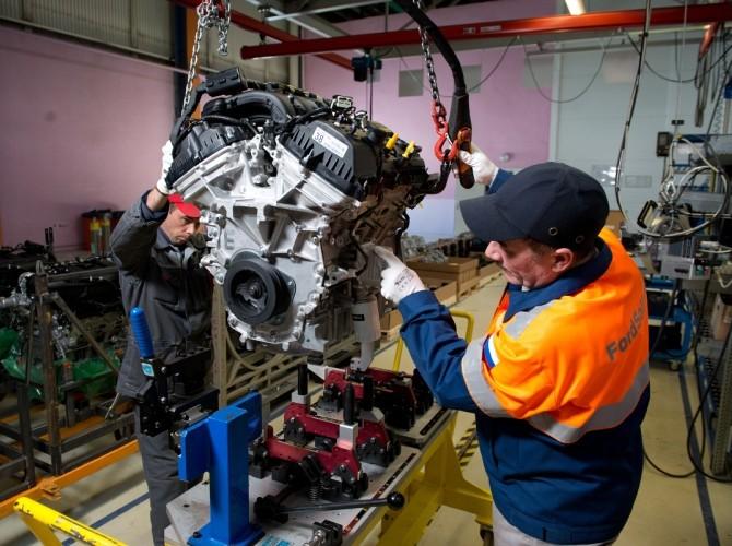Ford повысит зарплату на своих российских заводах