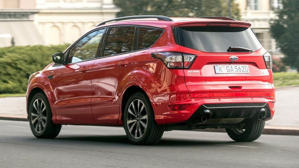 Форд устроил обвал цен накроссовер Kuga