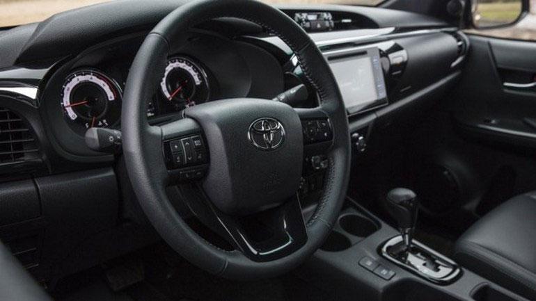 Toyota выпустит спецверсию пикапа Hilux