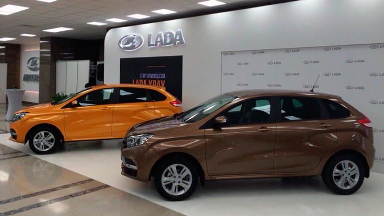 Лада XRAY лидирует поросту продаж среди моделей АВТОВАЗа