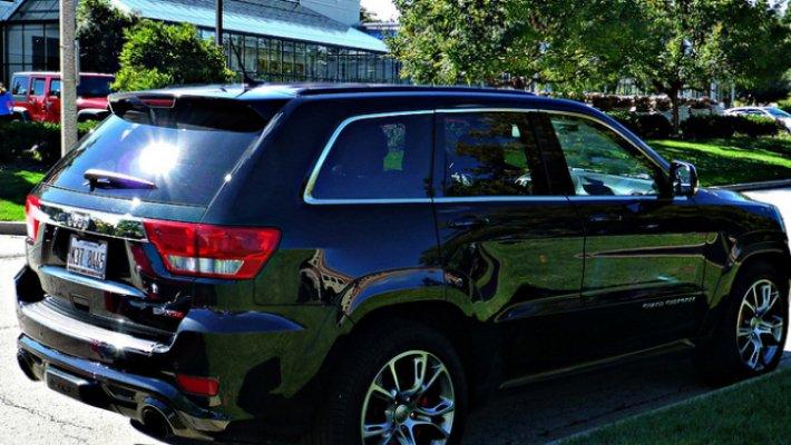Jeep отзывает в РФ 9 тыс джипов Grand Cherokee
