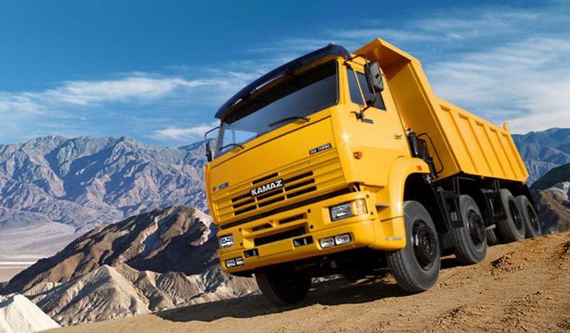 «КамАЗ» сновой кабиной и12-литровым мотором появится в 2019г.