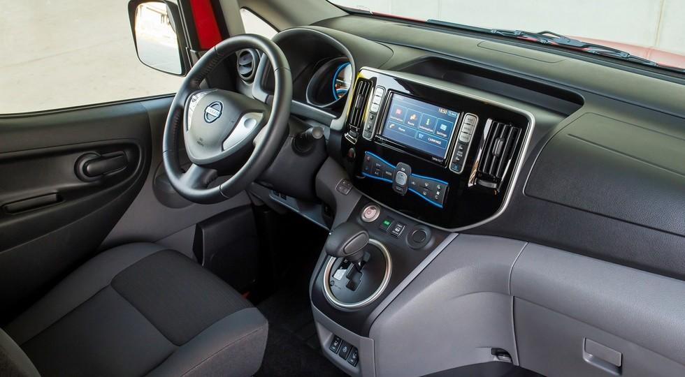 Компания Ниссан обновила модель e-NV200