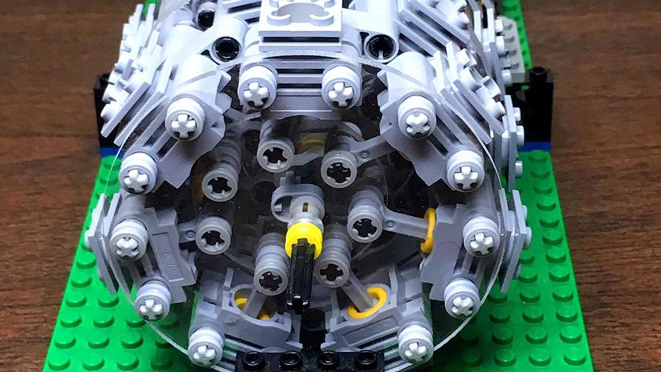 ИзLego собрали работающий 28-цилиндровый радиальный мотор