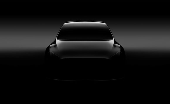Tesla Model Y: first image and confirmation of launch in 2020
