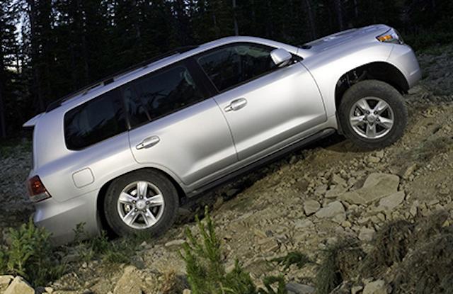 Названы автомобили, скоторыми владельцы неохотно расстаются