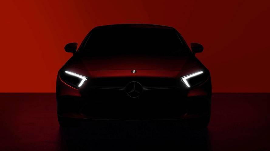 Автостат: Мерседес Бенс стал лидером продаж купе икабриолетов в Российской Федерации