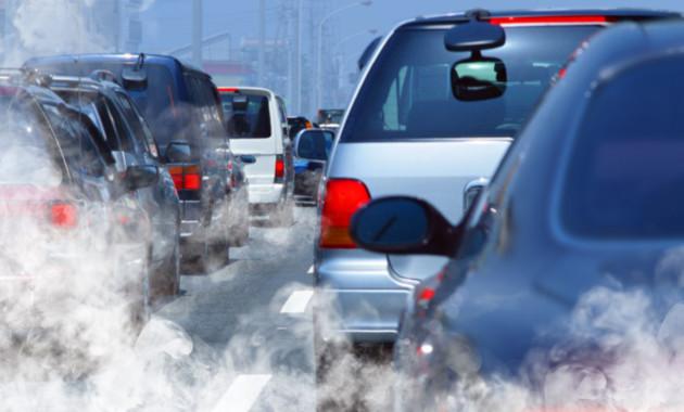 «Гринпис» предлагает запретить заезд вцентр столицы «грязным» автомобилям