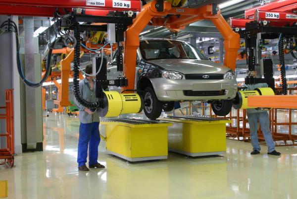 «АвтоВАЗ» увеличит заработную плату сотрудникам с1июля нынешнего года
