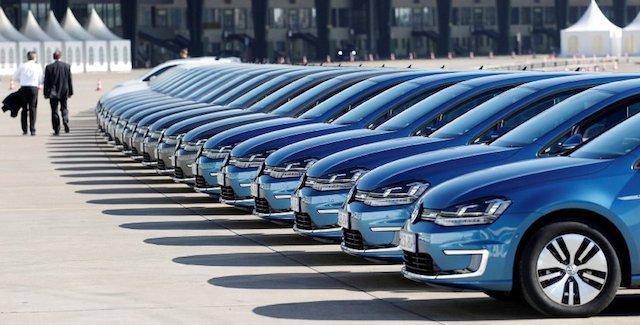 В РФ поменялись цены авто 7-ми брендов во 2-ой половине ноября