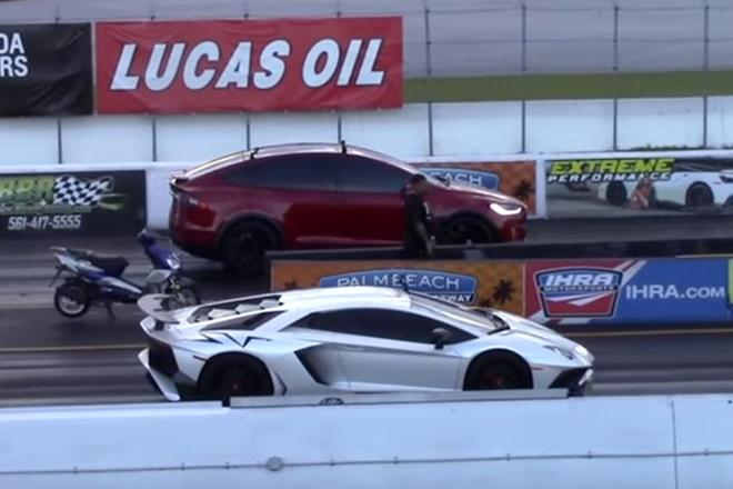 Tesla Model X takes on Lamborghini Aventador SV in epic drag race