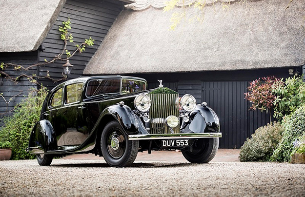 Компания Роллс Ройс покажет встолице Англии легендарный Phantom III