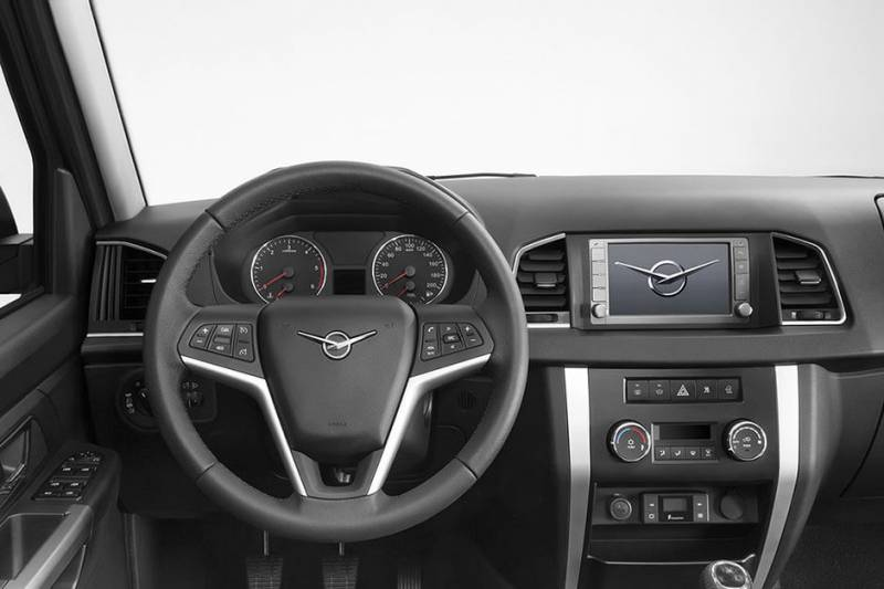 УАЗ «Патриот»— втоп-10 самых популярных автомобилей вРФ