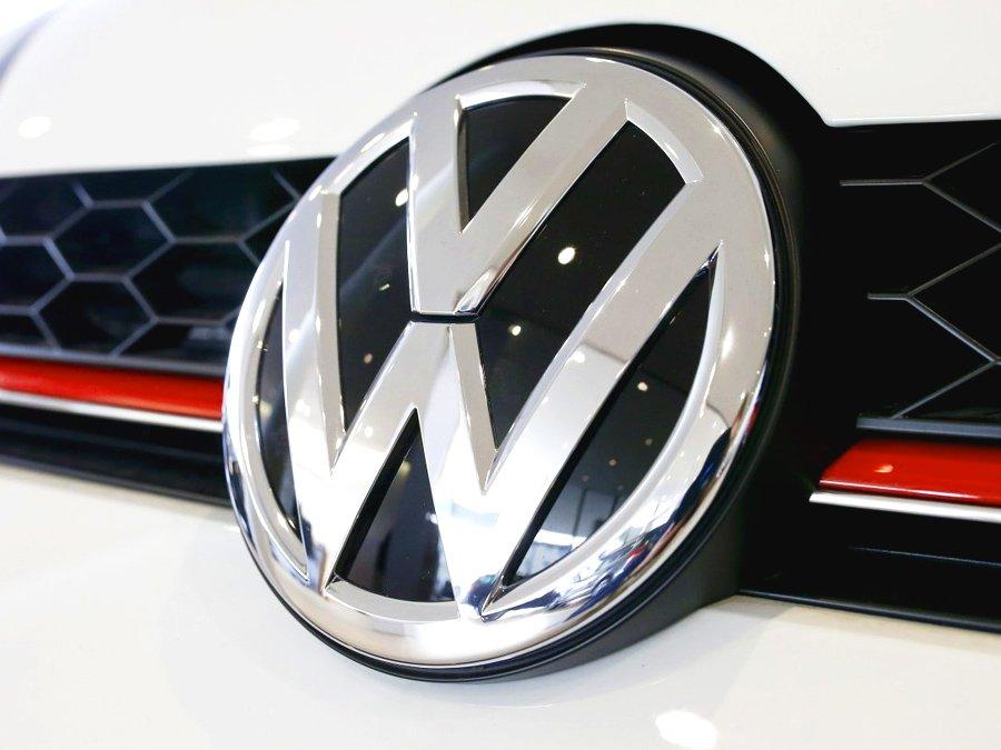 VW планирует производить газовые автомобили впартнерстве с«Газпромом»
