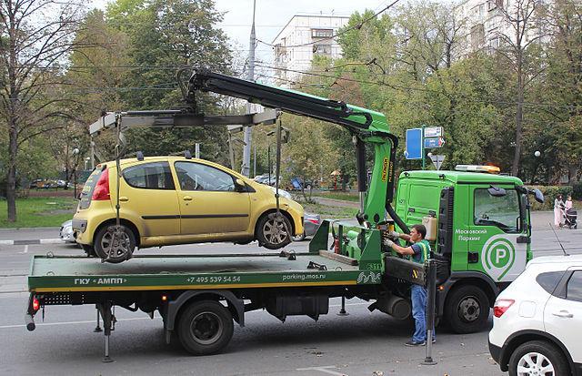 ВСаратовской области действуют новые изменения взаконе обэвакуации авто