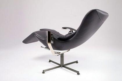 Роллс Ройс выпустил кресло, цена которого равна 6 Лада Vesta