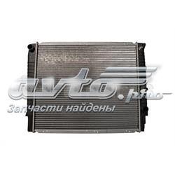 радіатор охолодження двигуна  VO8603906