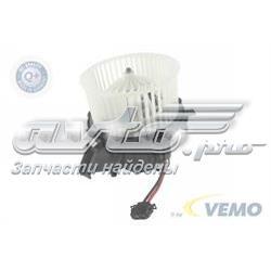 мотор вентилятора печки (отопителя салона)  V15031932