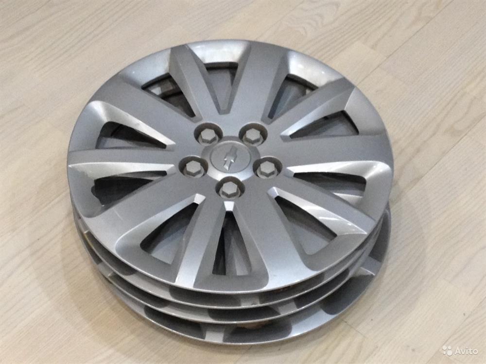 Фото: Колпак колесного диска Chevrolet Cruze