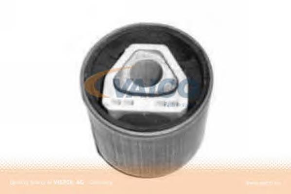 сайлентблок переднего верхнего рычага  V2003091
