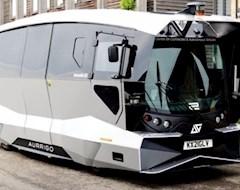 В Великобритании начал курсировать первый беспилотный автобус