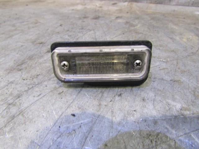 Фонарь подсветки номера на mercedes benz w211 e-klasse 2002-2009