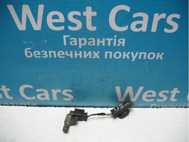 Датчик положения распредвала на peugeot expert 1.6hdi. каталожный номер - 9665443580. состояние хорошее рабочее. цена за датчик  что на фото.