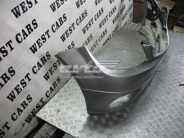 Бампер передний серебристый на mercedes c-class w204