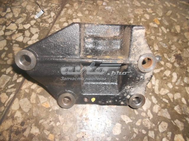 Кронштейн двигателя [216702b100]
