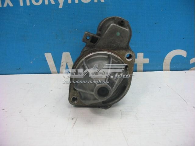 Стартер 2.2 cdi на mercedes vito .  каталожный номер : 0051511301. стартер в хорошем рабочем состоянии . цена за стартер   что на фото.