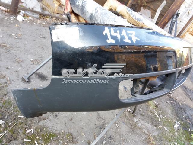 Бампер передний - крепление целое - немного отремонтирован