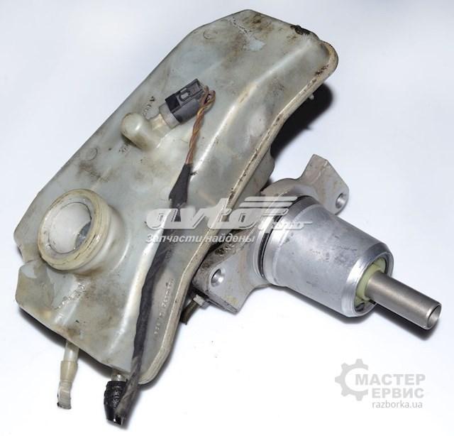 Главный тормозной цилиндр 2 выхода 2-х мембр trw mercedes-benz sprinter 901-905 95-06