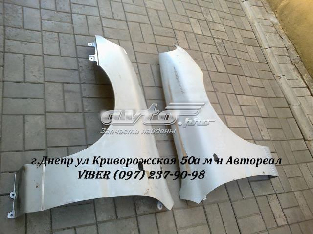 крило переднє ліве  tf69y08403013