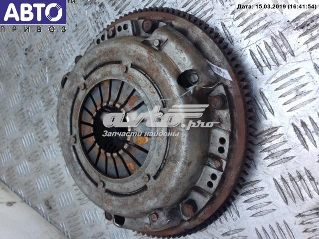 маховик двигателя  Z60111500A