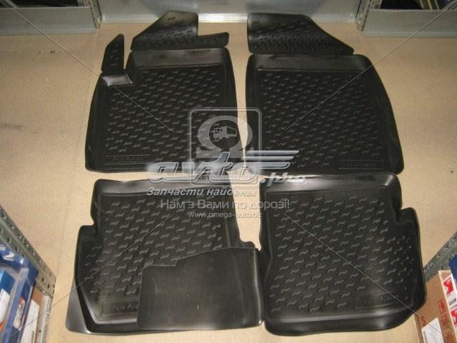 коврики передние + задние, комплект  PP196