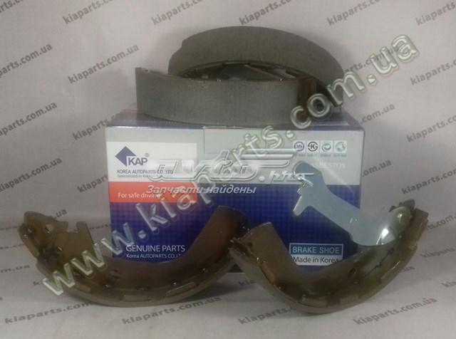 колодки ручника (стояночного тормоза)  Z07SHORR02088
