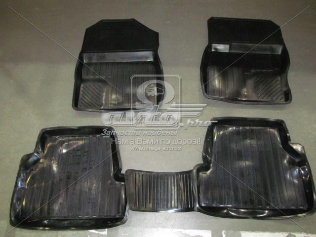 коврики передние + задние, комплект  RBFOC00280031P