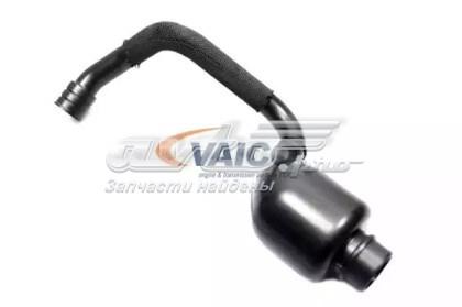 патрубок вентиляции картера (маслоотделителя)  V104491