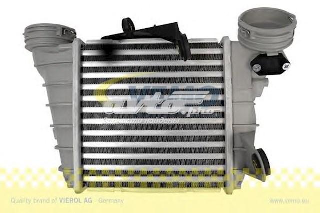 радиатор интеркуллера  V10600004
