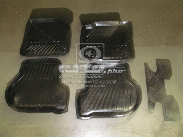 коврики передние + задние, комплект  RBWSO0090013P