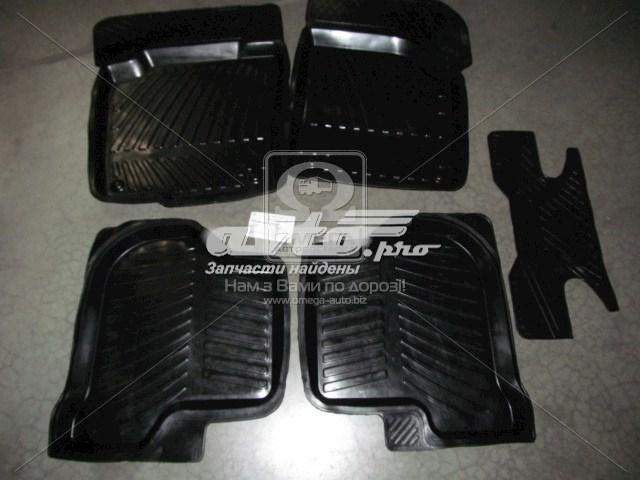 коврики передние + задние, комплект  RBWP0090013P