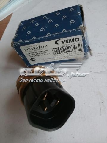 датчик температуры охлаждающей жидкости (включения вентилятора радиатора)  V159919771