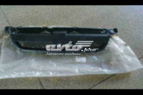 96648621 General Motors решетка радиатора (Пластиковая рамка без хрома)