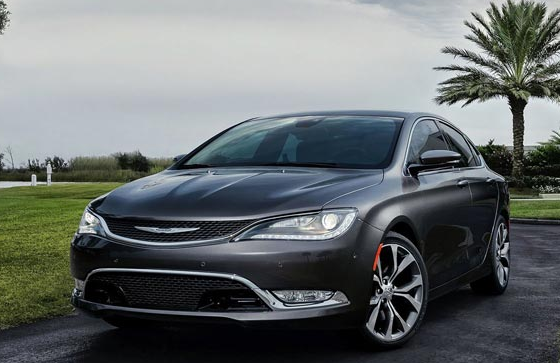 Chrysler  200  (Крайслер  200)  (2015 –  2017)