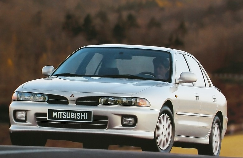 митсубиси галант 1994 передний левый рычаг фото